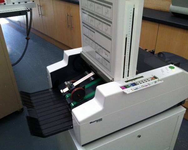 Horizon PF-P 330 Folding machine