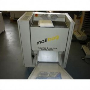 Mailbag vertical packing machine