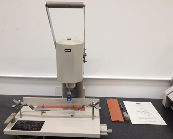 Uchida VS-55 Paper Drill