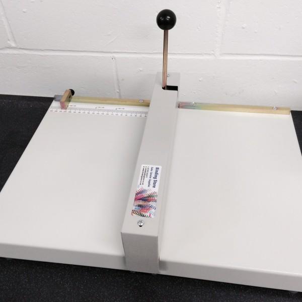Oslo MC-200 Manual A3 Paper/Card Creasing Machine