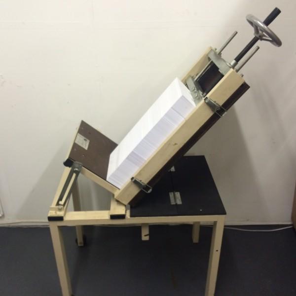 Muro 5000 A4 Padding Press